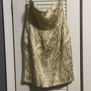 Perfect New Years Dress! Gold brocade strapless